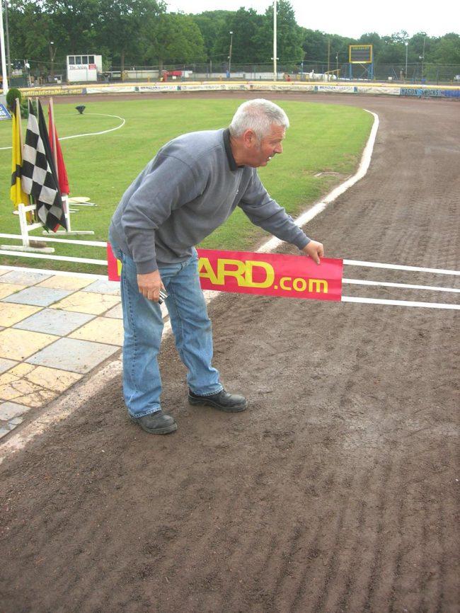 Alan Rolfe – Eastbourne Eagles Start Marshal (1972-2010) retires